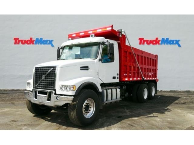 2016 Volvo Vhd64f200 Contractor Truck, Dump Truck, Stone Spreader Truck